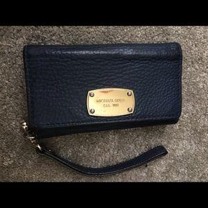 Michael Kors iPhone 6 case wallet